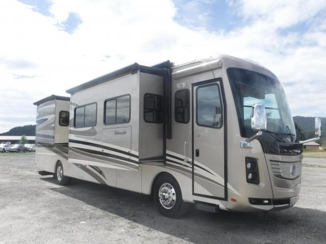 2012 Holiday Rambler Chassis 2013 DFT Layout Ambassador Series M-40DFT 350hp MaxxForce